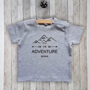 T-Shirt The adventure begins