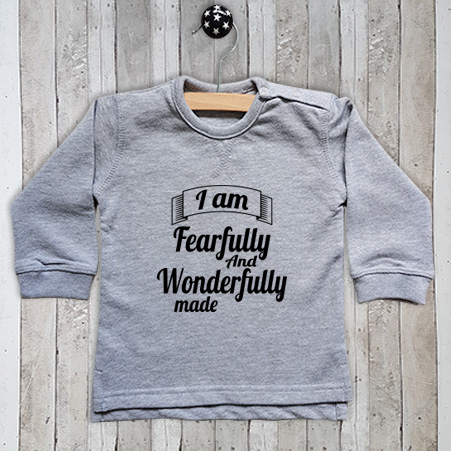 Sweater met tekst I am fearfully made
