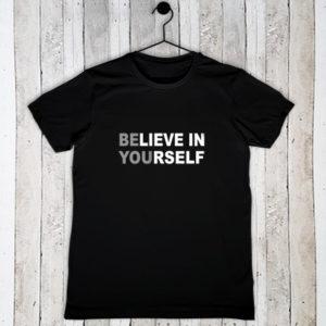 Stretch t-shirt met tekst Believe in yourself